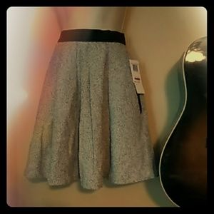 French Connection box pleat skirt NWT size 4